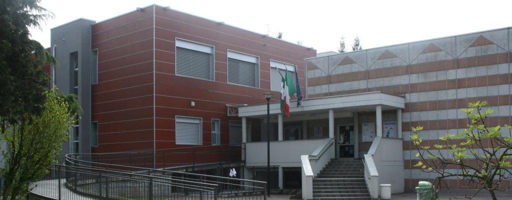 Correzzana (MB): Scuola elementare